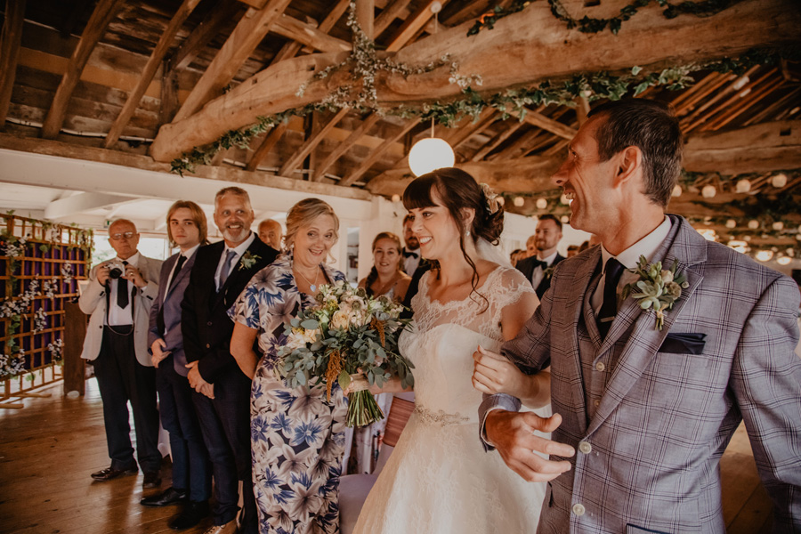 Hayley & Charlie's beautiful Isle of Wight wedding, with Holly Cade Photography (22)
