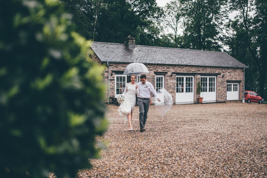 Jen & Alex's stunningly beautiful Lake District wedding, with Helen Jane Smiddy Photography (16)
