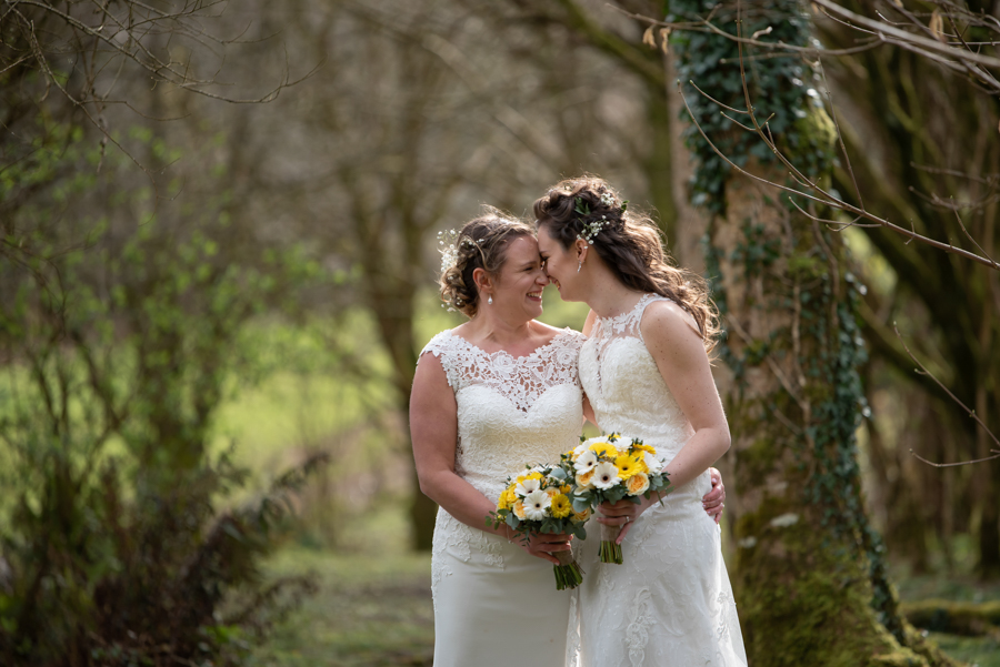 Hannah & Jess's rustic spring wedding at The Green, Cornwall, with Evolve Photography (28)