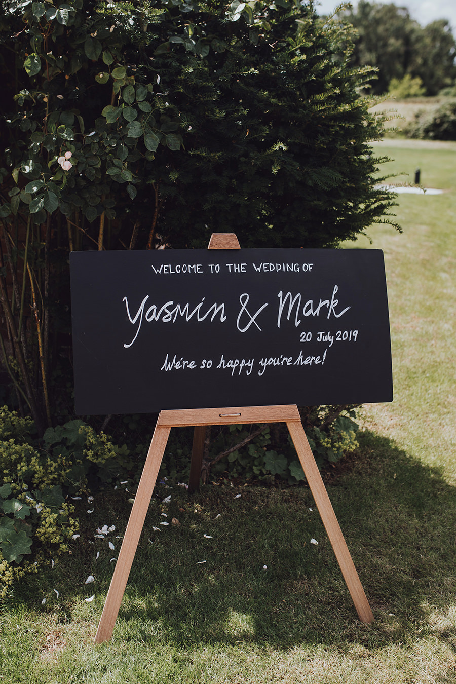 Yasmin & Mark's chic modern Kent wedding with Honeydew Moments (13)
