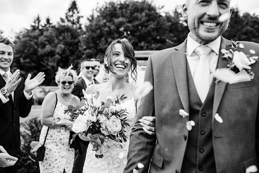 Yasmin & Mark's chic modern Kent wedding with Honeydew Moments (20)