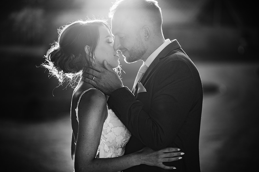 Yasmin & Mark's chic modern Kent wedding with Honeydew Moments (39)