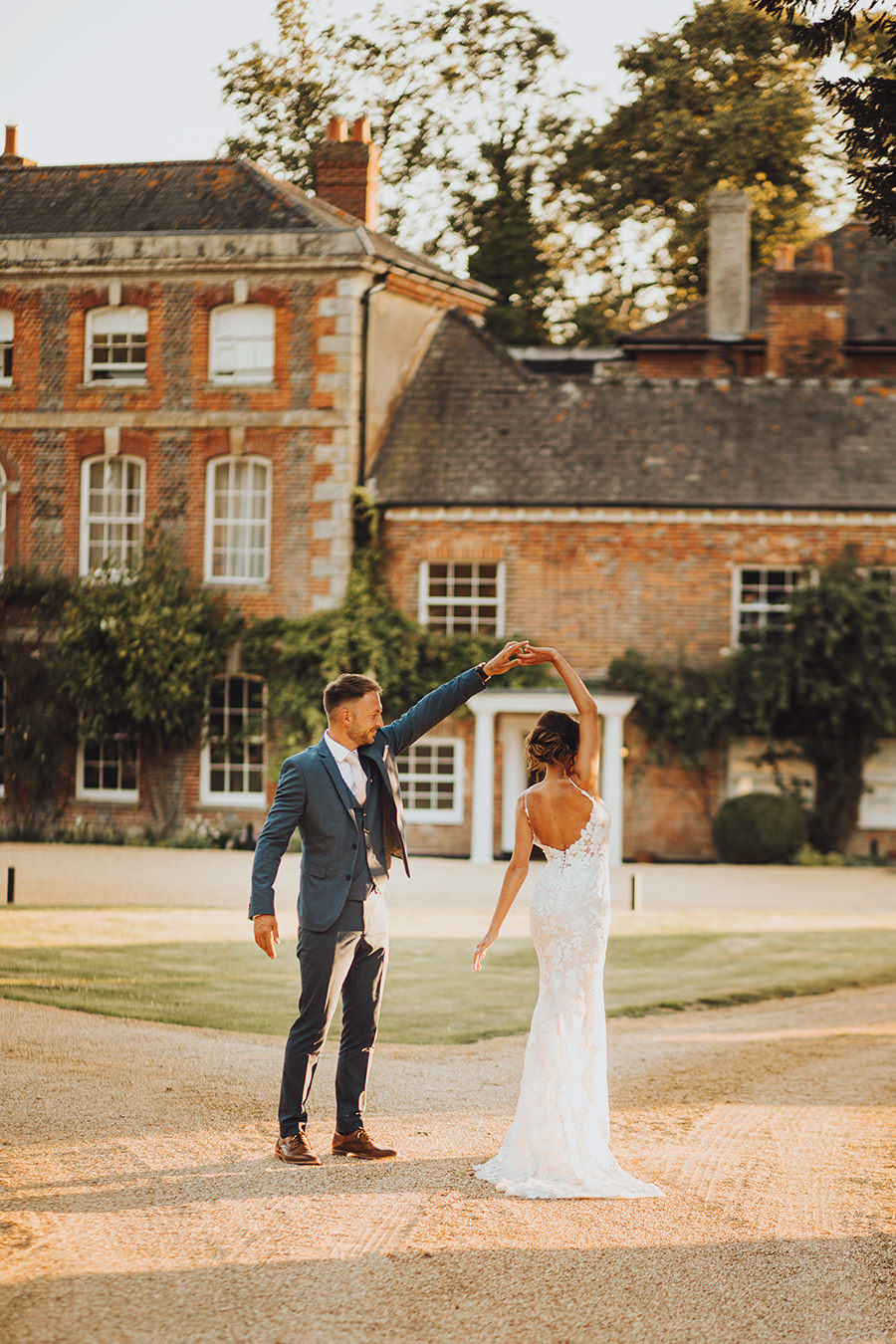 Yasmin & Mark's chic modern Kent wedding with Honeydew Moments (42)