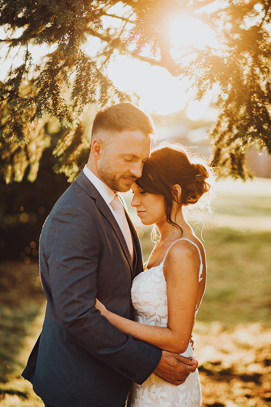 Yasmin & Mark's chic modern Kent wedding with Honeydew Moments (43)