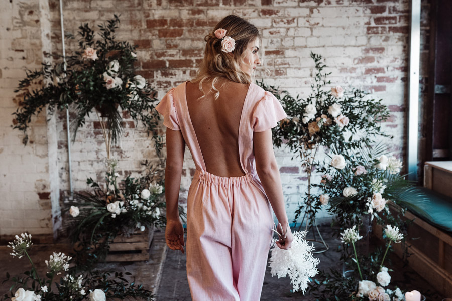 Sustainable, new and different bridesmaids' outfits by Luna Bride on English-Wedding.com (11)