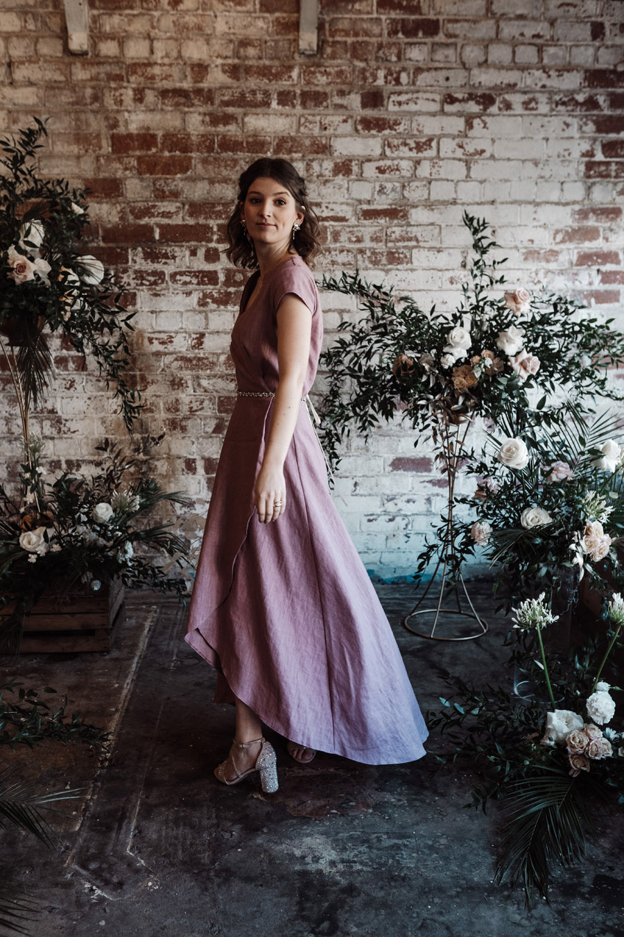 Sustainable, new and different bridesmaids' outfits by Luna Bride on English-Wedding.com (9)