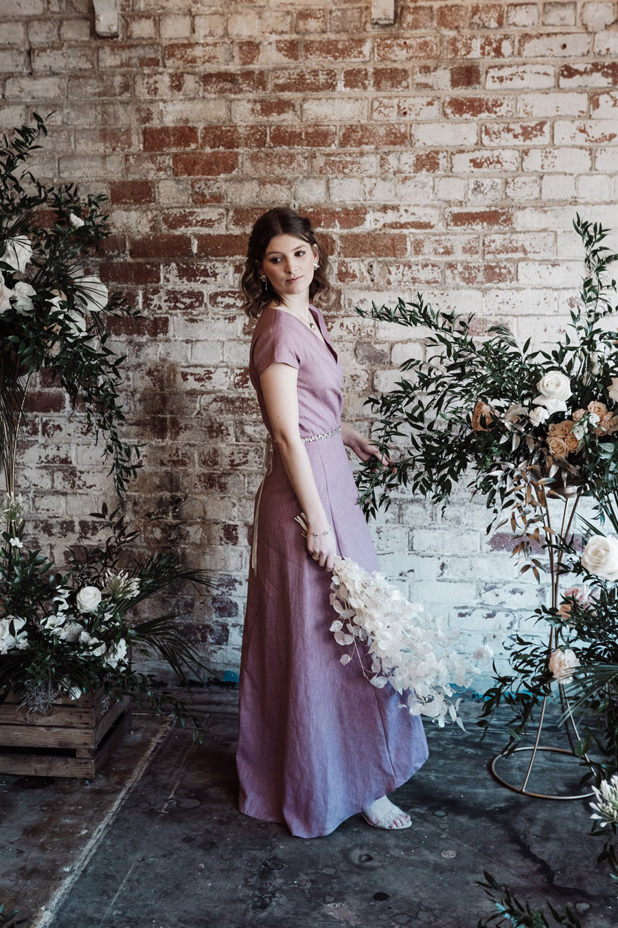 Sustainable, new and different bridesmaids' outfits by Luna Bride on English-Wedding.com (8)