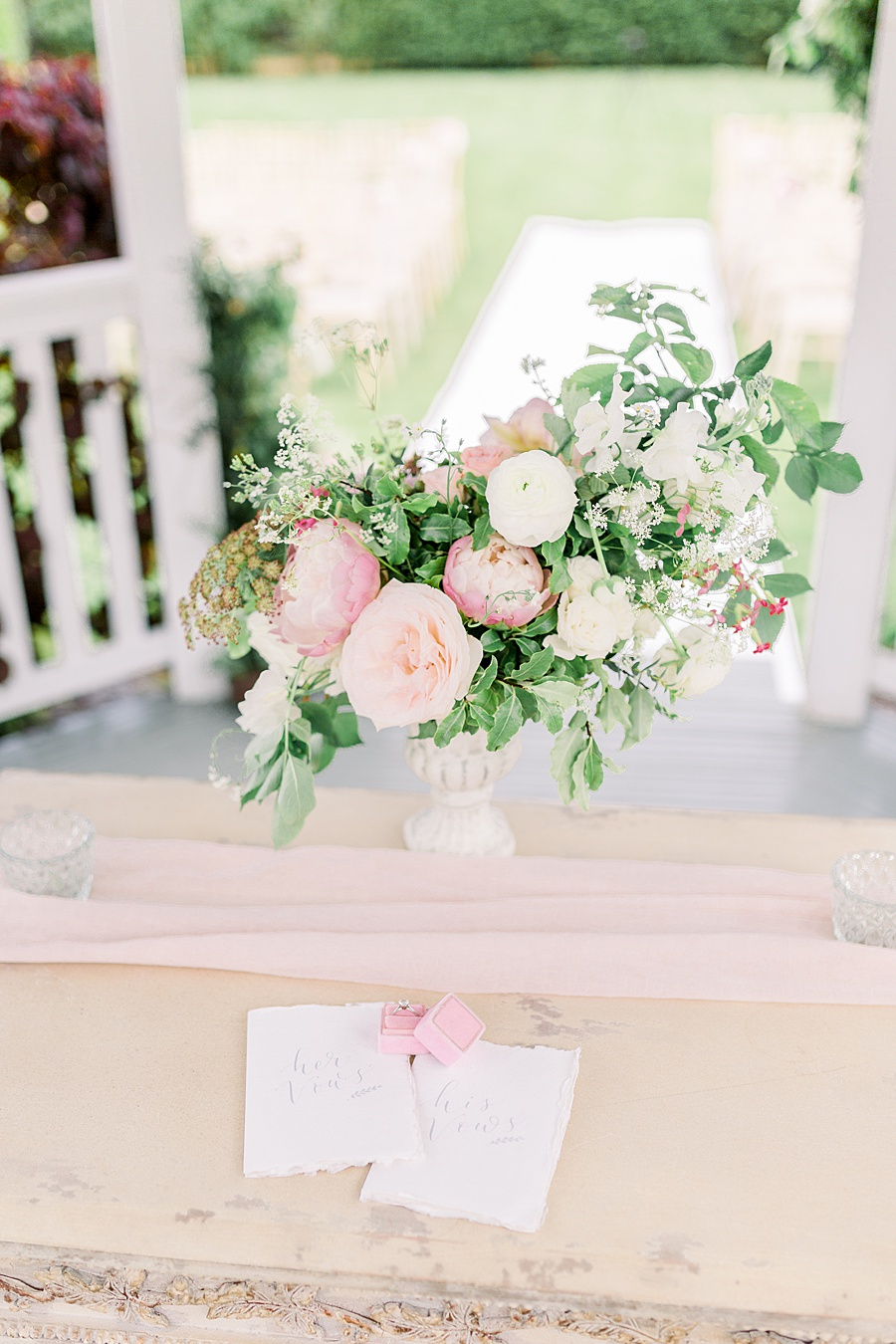 Timeless Elegance - a classic pink wedding editorial from Old Brook Barn (9)
