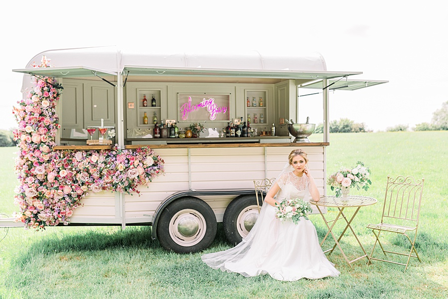 Timeless Elegance - a classic pink wedding editorial from Old Brook Barn (19)