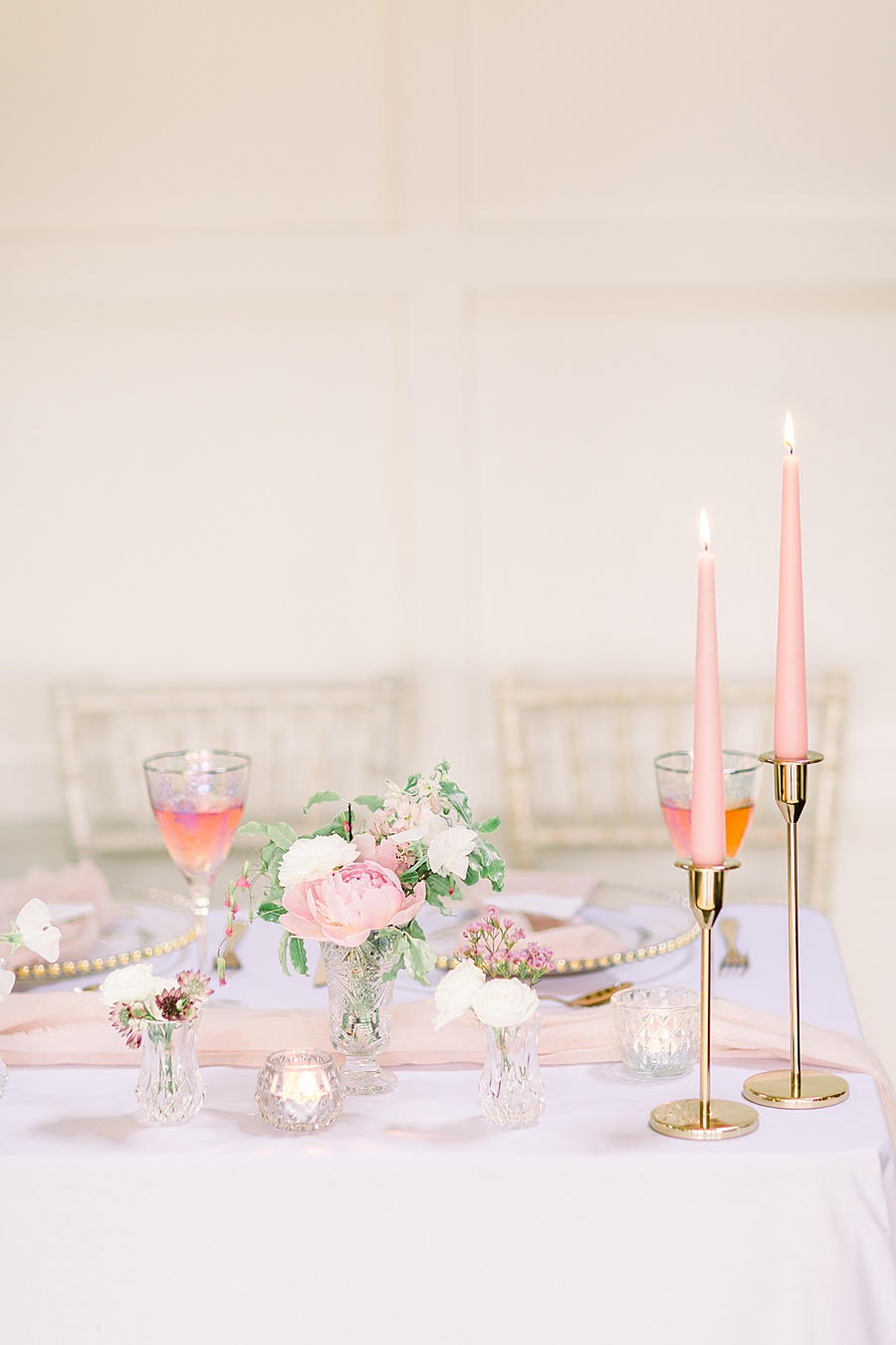 Timeless Elegance - a classic pink wedding editorial from Old Brook Barn (33)