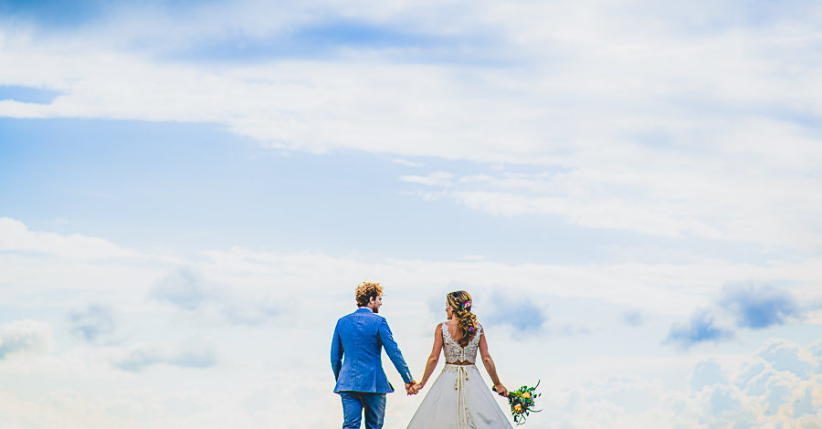 Real Country Garden home Wedding in Cambridgeshire captured by Damien Vickers Photography
