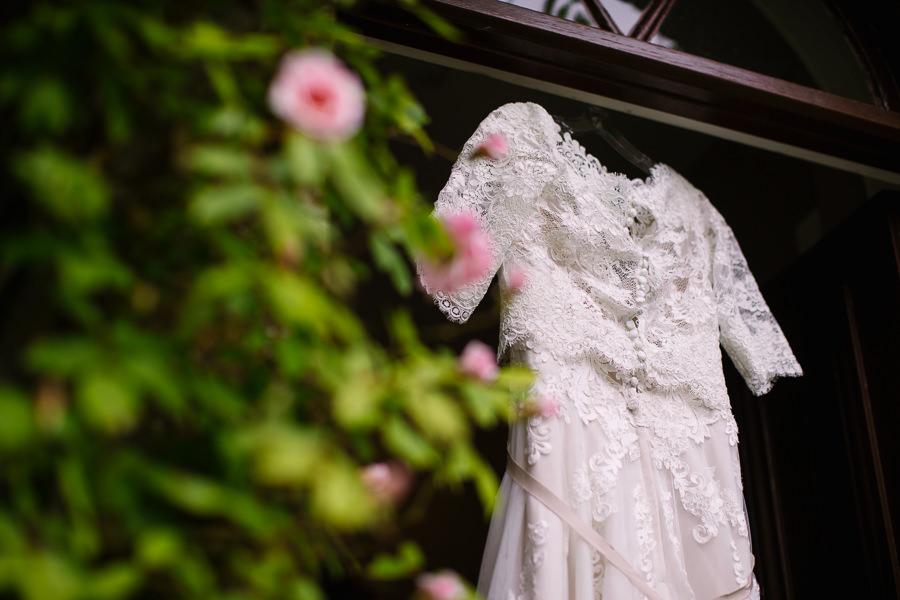 Richard & Ruth's military black tie wedding at Sherborne Abbey, with Nisha Haq Photography (2)