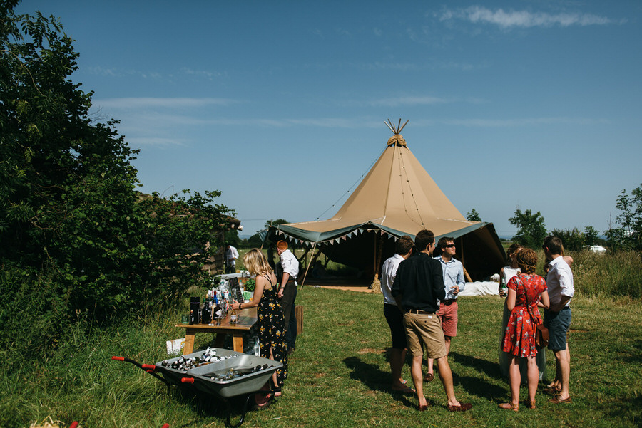 Lizzie & Eddy's beautiful Temple of Minerva and Farm Camp wedding, with Simon Biffen Photography (23)