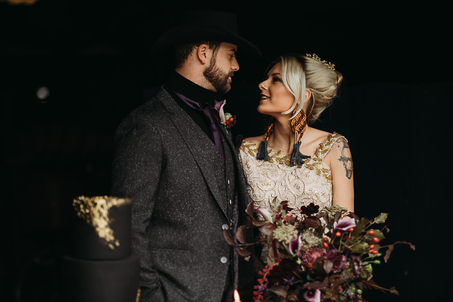 Sustainable and beautiful halloween wedding style, image credit Thyme Lane Photography (28)