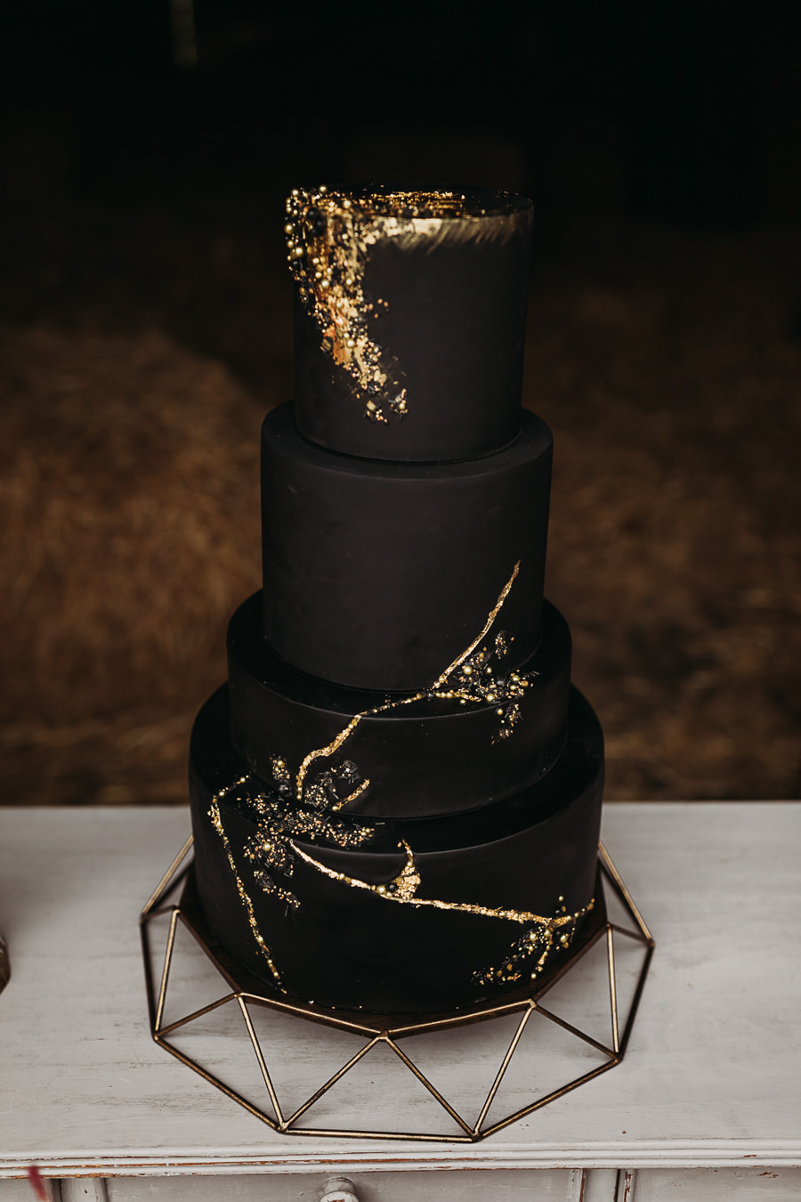 Sustainable and beautiful halloween wedding style, image credit Thyme Lane Photography (53)