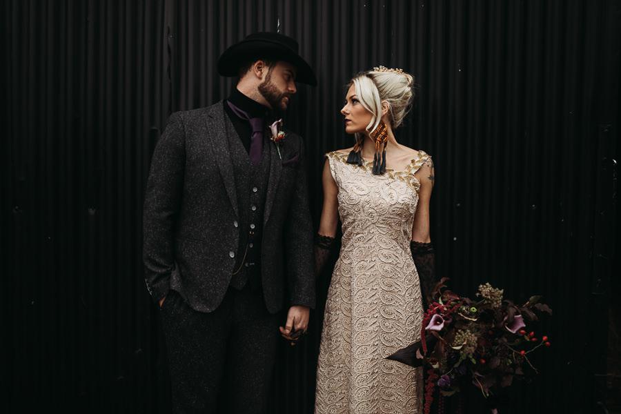 Sustainable and beautiful halloween wedding style, image credit Thyme Lane Photography (54)