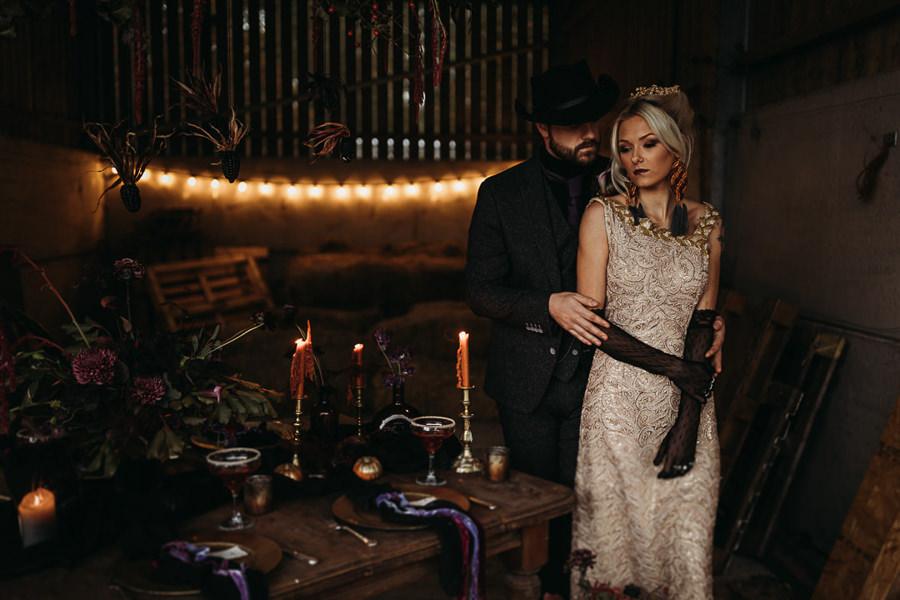 Sustainable and beautiful halloween wedding style, image credit Thyme Lane Photography (22)