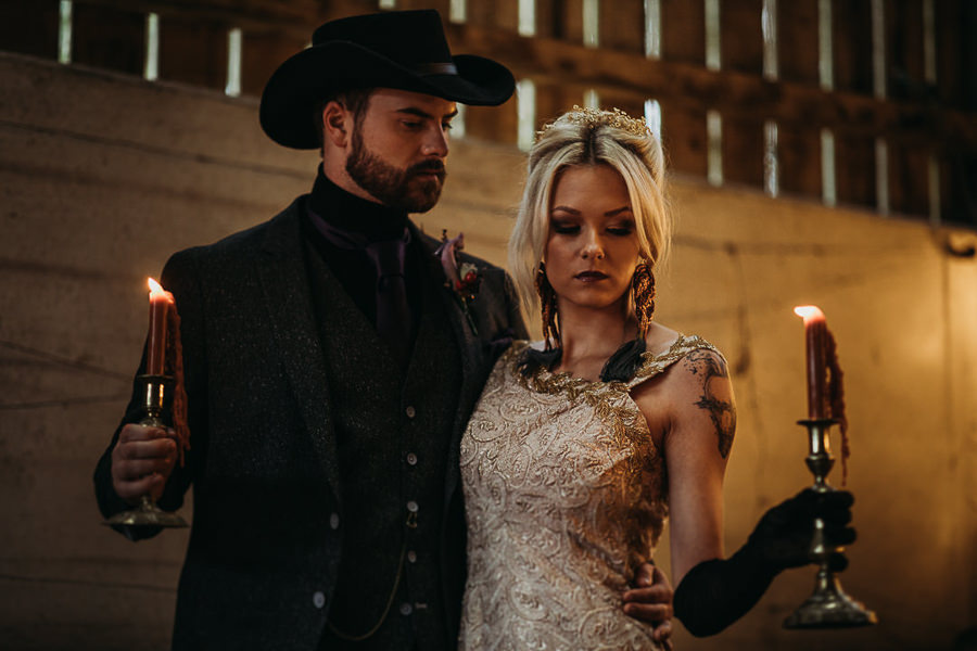 Sustainable and beautiful halloween wedding style, image credit Thyme Lane Photography (20)