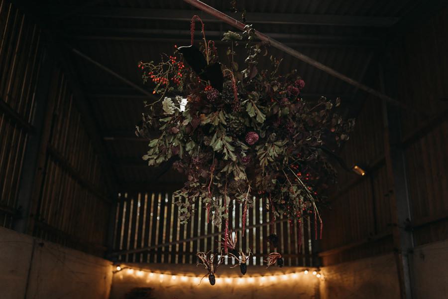 Sustainable and beautiful halloween wedding style, image credit Thyme Lane Photography (16)