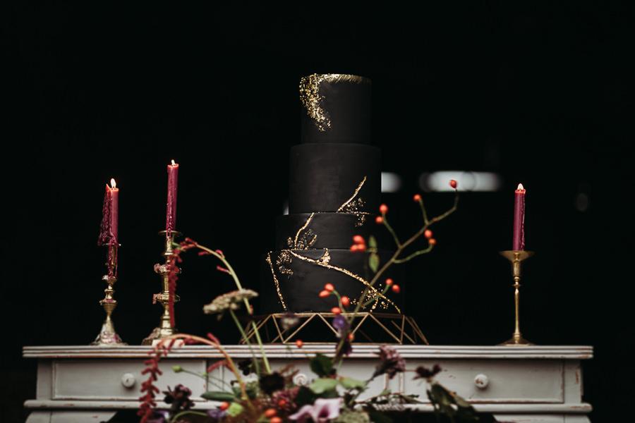 Sustainable and beautiful halloween wedding style, image credit Thyme Lane Photography (51)