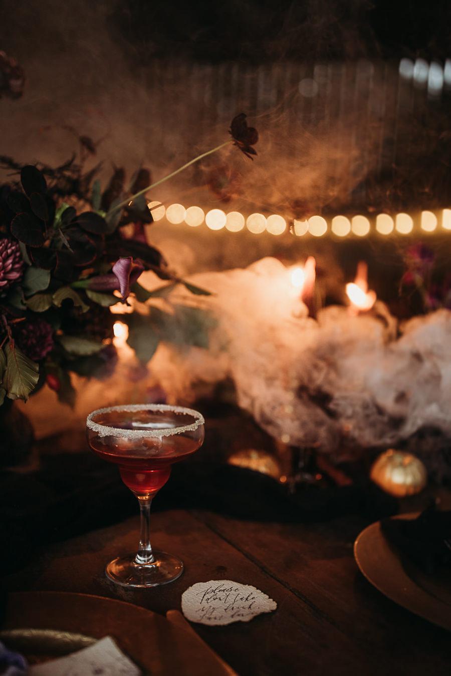 Sustainable and beautiful halloween wedding style, image credit Thyme Lane Photography (11)