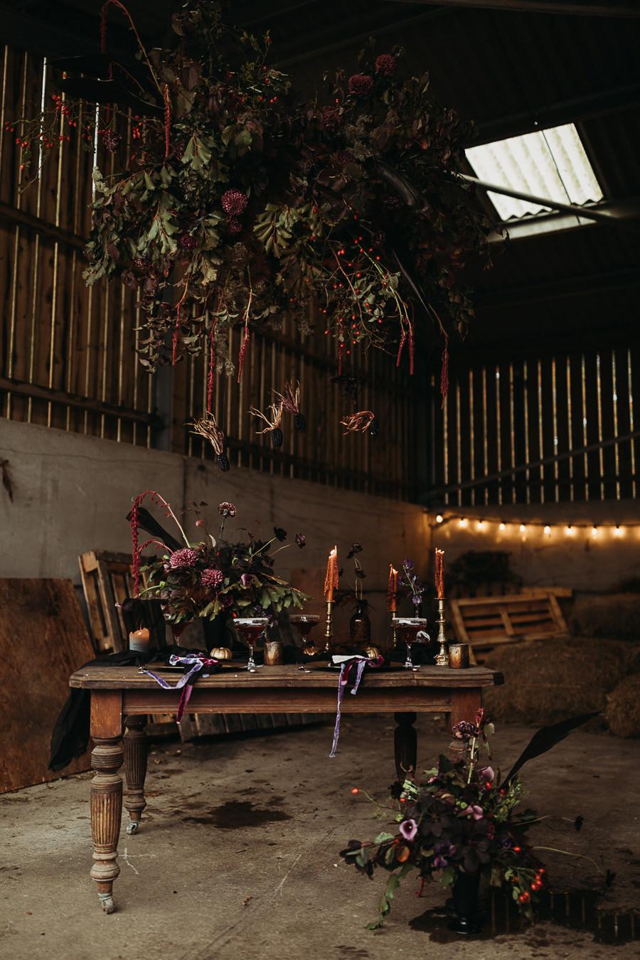 Sustainable and beautiful halloween wedding style, image credit Thyme Lane Photography (44)