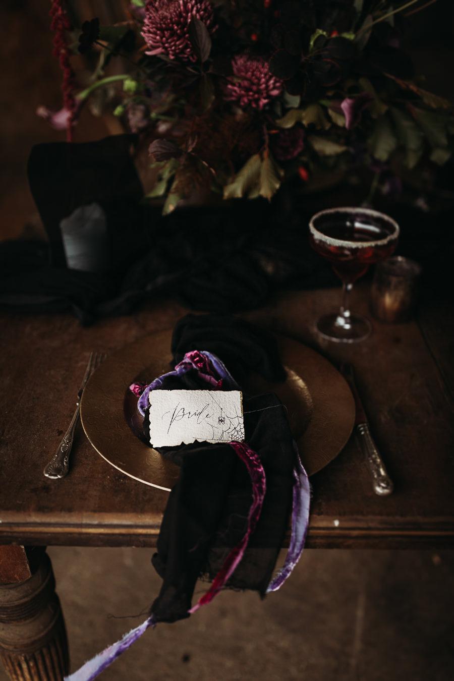Sustainable and beautiful halloween wedding style, image credit Thyme Lane Photography (41)
