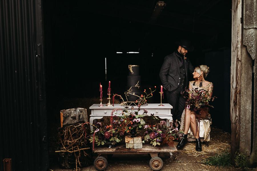 Sustainable and beautiful halloween wedding style, image credit Thyme Lane Photography (30)