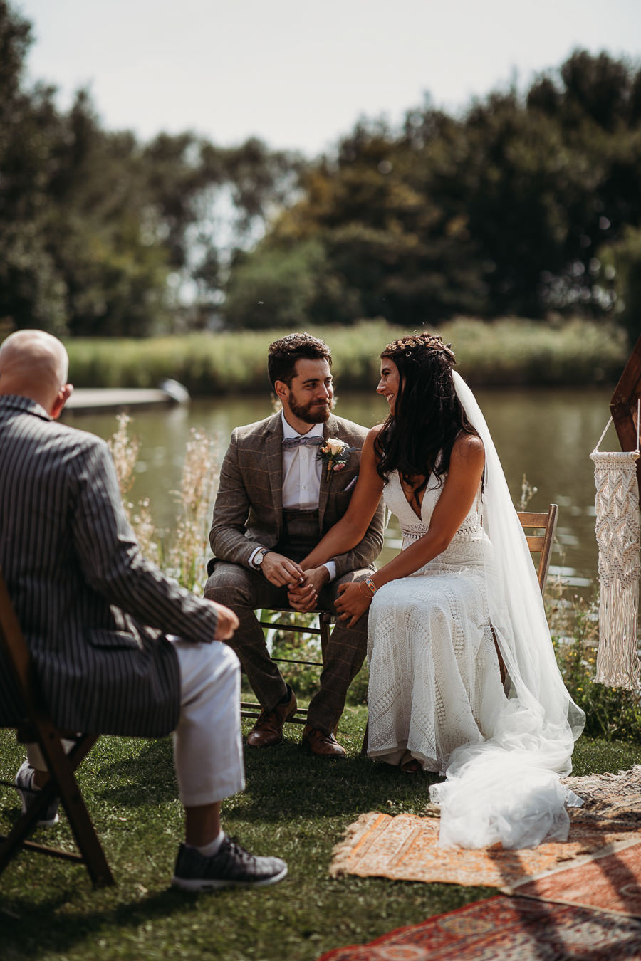 Victoria & Matthew's beautiful festival wedding in Cambridge, with Thyme Lane Photography (9)