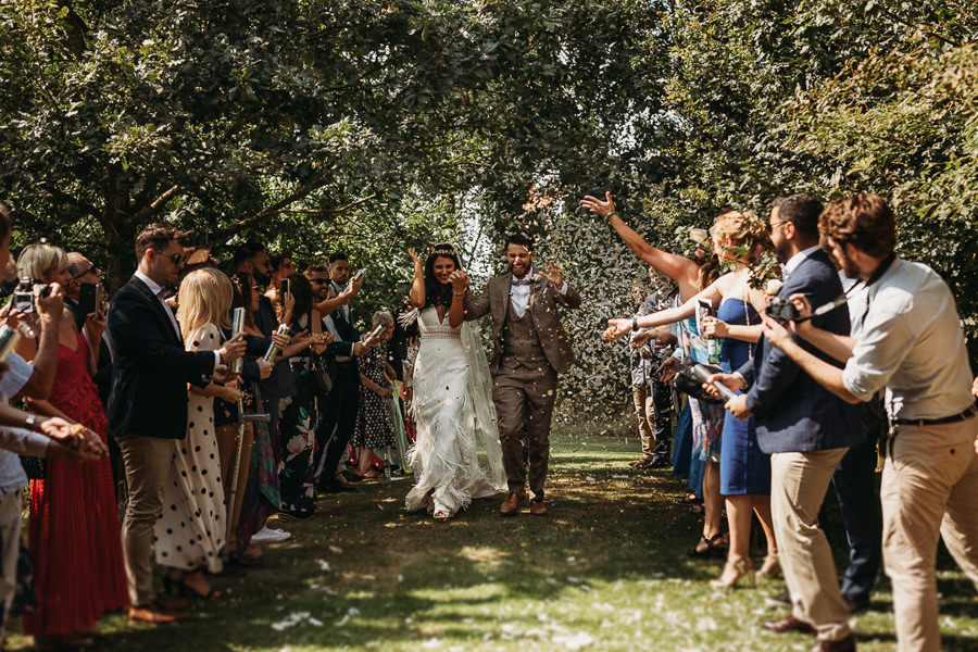 Victoria & Matthew's beautiful festival wedding in Cambridge, with Thyme Lane Photography (12)