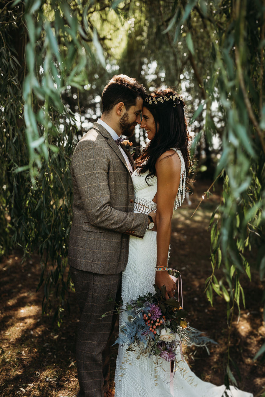 Victoria & Matthew's beautiful festival wedding in Cambridge, with Thyme Lane Photography (17)