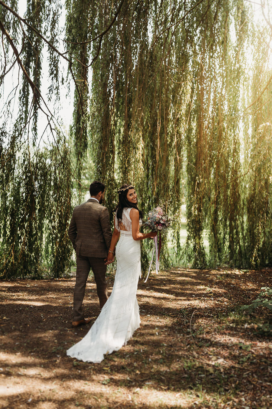 Victoria & Matthew's beautiful festival wedding in Cambridge, with Thyme Lane Photography (20)