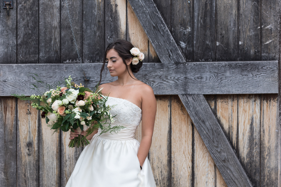 Rustic Romance at Ufton Court, with Sigi Kirkpatrick Photography (18)