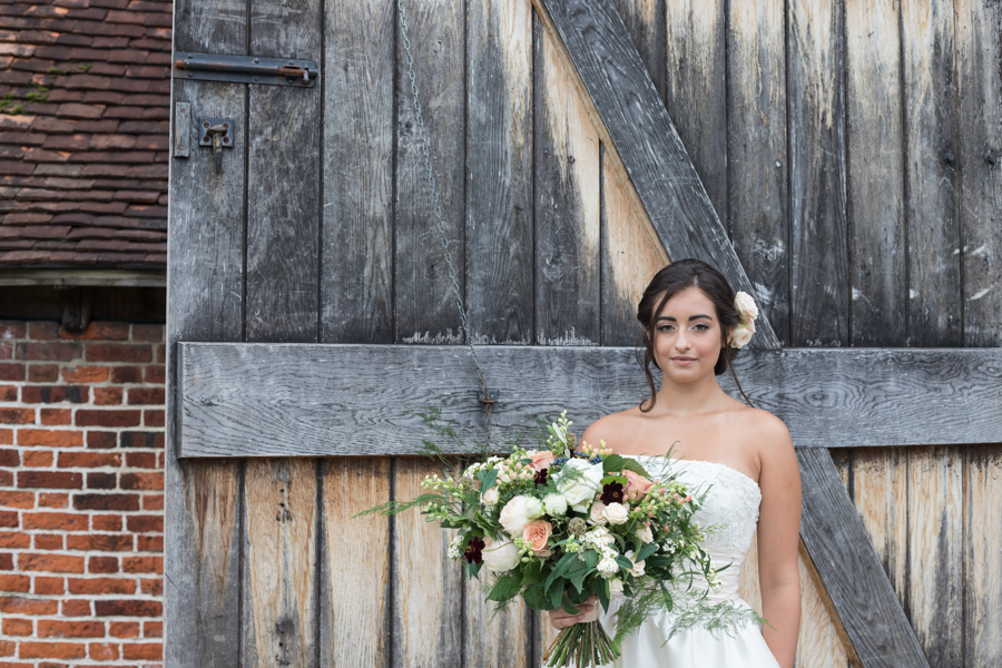 Rustic Romance at Ufton Court, with Sigi Kirkpatrick Photography (20)