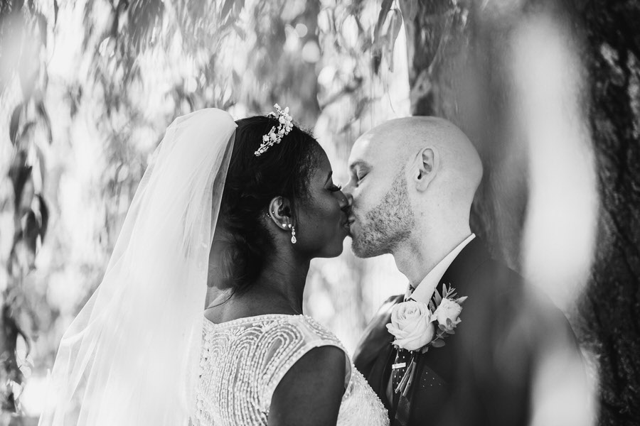 Oreofe & Craig's chic and modern Manchester city wedding, with Rachel Clarke Wedding Photography (25)