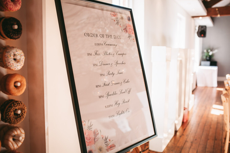 Oreofe & Craig's chic and modern Manchester city wedding, with Rachel Clarke Wedding Photography (29)