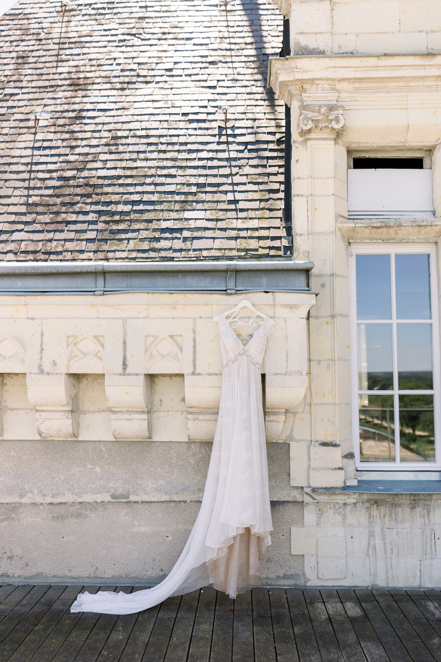 Francine & Jamie's classic and timeless Loire Valley wedding, with Hannah K Photography (3)