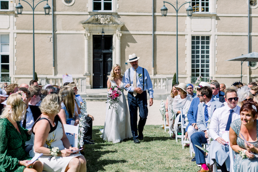 Francine & Jamie's classic and timeless Loire Valley wedding, with Hannah K Photography (12)