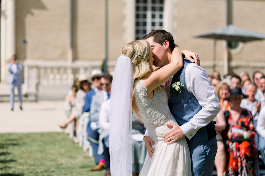 Francine & Jamie's classic and timeless Loire Valley wedding, with Hannah K Photography (17)