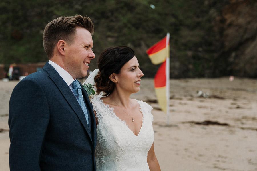 Laura & Craig's lovely English wedding at Lusty Glaze, with Alexa Poppe Photography (24)