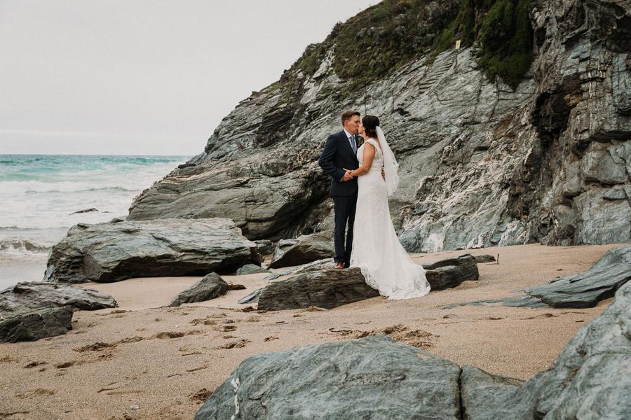 Laura & Craig's lovely English wedding at Lusty Glaze, with Alexa Poppe Photography (22)