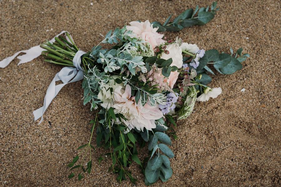 Laura & Craig's lovely English wedding at Lusty Glaze, with Alexa Poppe Photography (20)
