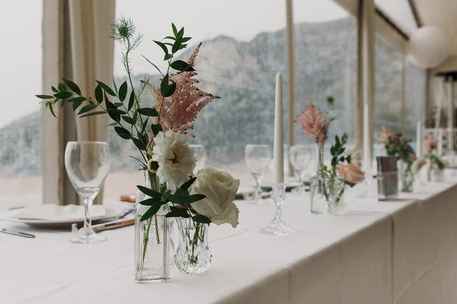 Laura & Craig's lovely English wedding at Lusty Glaze, with Alexa Poppe Photography (8)
