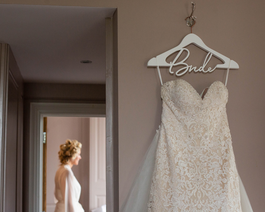 Gemma & Rich's classic, timeless Barton Hall wedding, with Esme Robinson Photography (1)