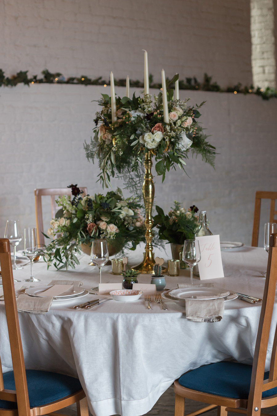 Rustic Romance at Ufton Court, with Sigi Kirkpatrick Photography (5)