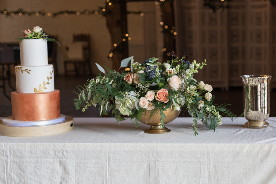 Rustic Romance at Ufton Court, with Sigi Kirkpatrick Photography (6)
