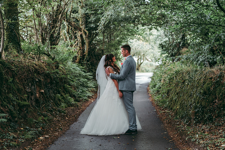 Philip and Chrissy's elegant rustic Trevenna Barns wedding, with Tracey Warbey Photography (28)