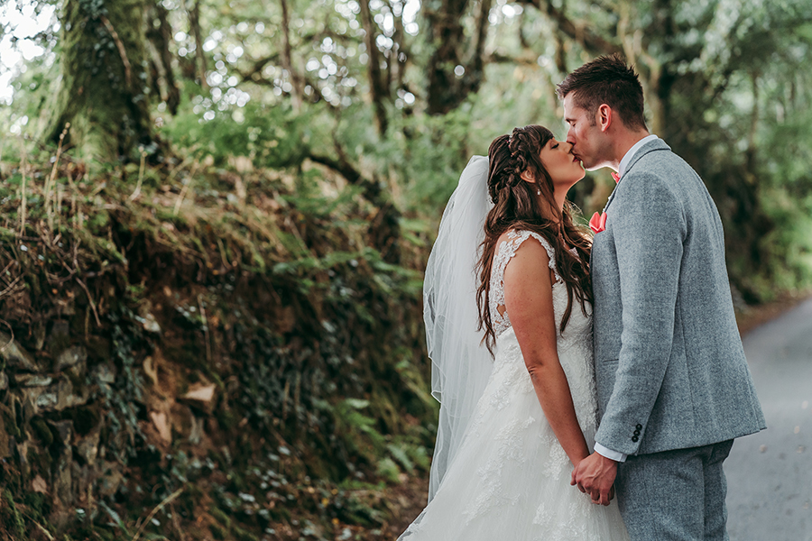 Philip and Chrissy's elegant rustic Trevenna Barns wedding, with Tracey Warbey Photography (30)