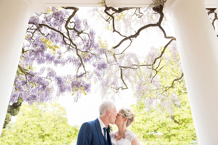 Get the best out of your wedding photos during the ceremony & reception, image credit Fiona Kelly Photography (5)