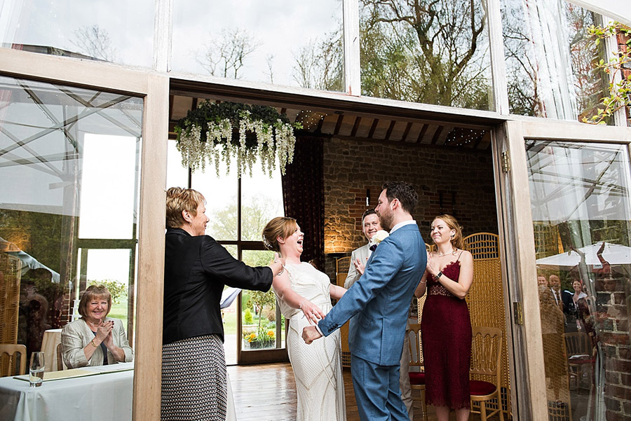 Get the best out of your wedding photos during the ceremony & reception, image credit Fiona Kelly Photography (9)